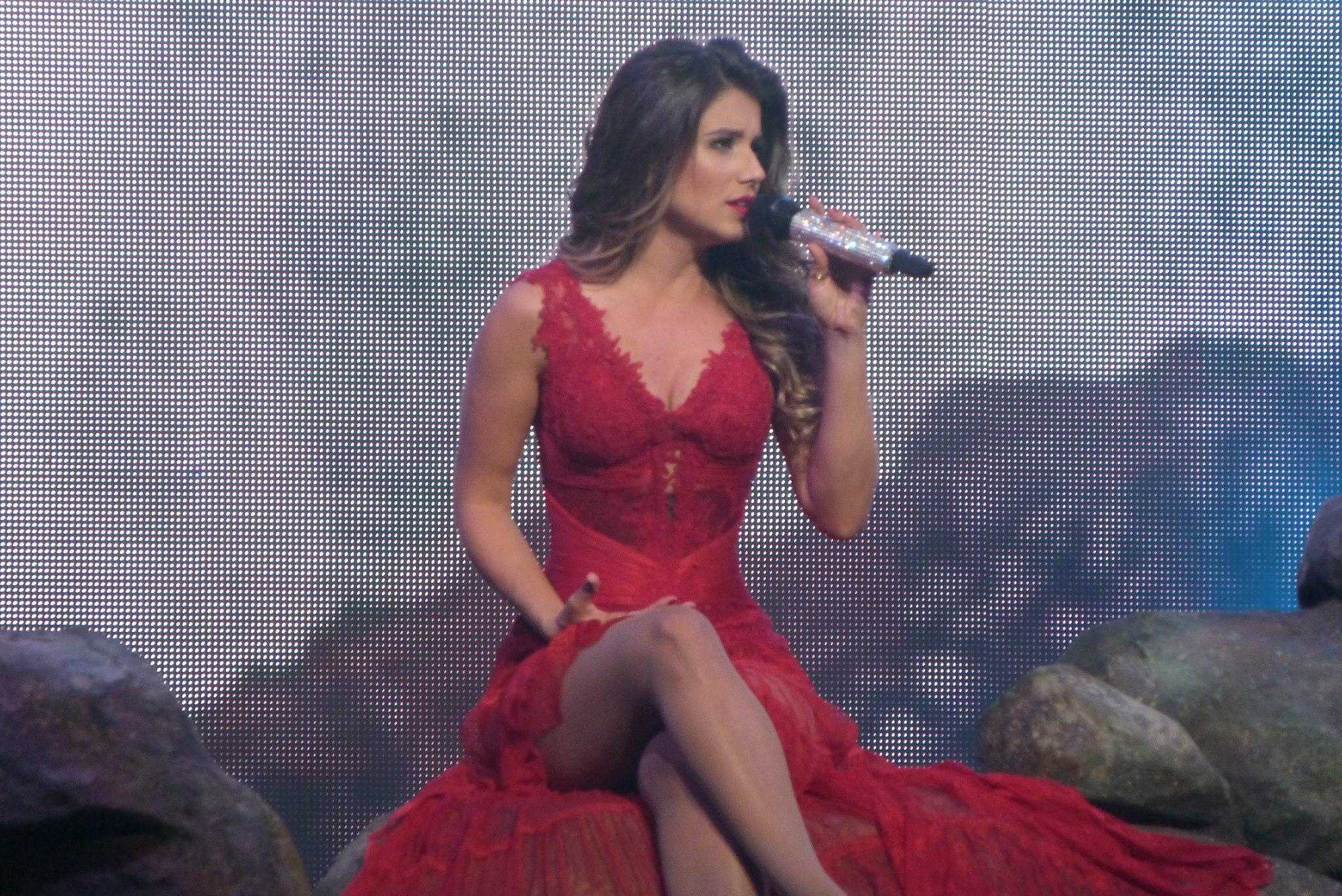 Paula fernandes cantora brasil fotos 50