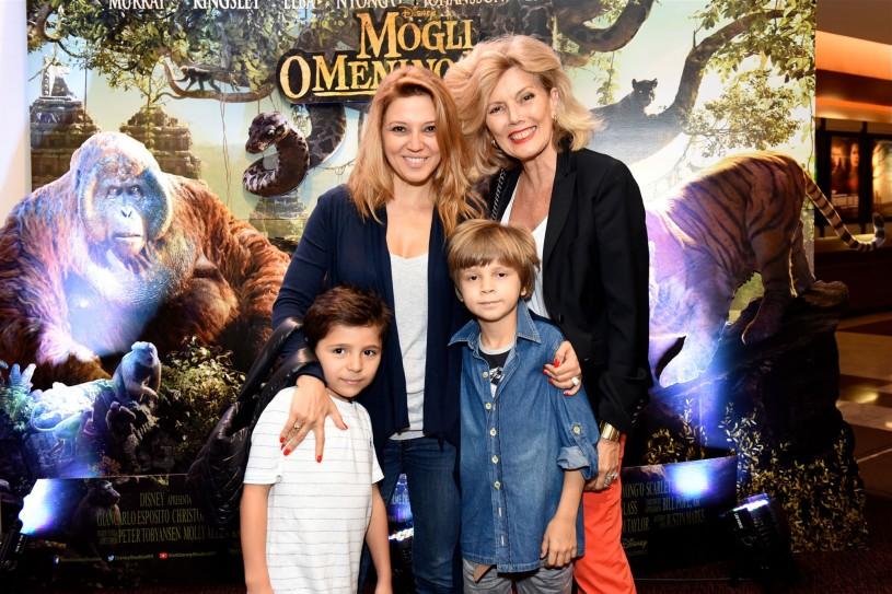 MogliOmeninoLoboSP_Patricia e Marina de Sabrit com Max de Sabrit e Arthur Luz